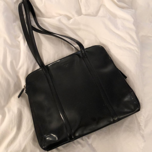 61ac655dfb3c Vintage Prada Bag. M_5a763343f9e501193674ac99